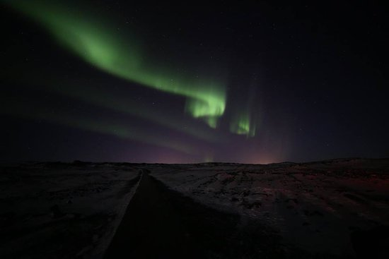 Keflavik, Islande : Northern Lights photo taken on our tour by the Guide