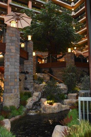 Chateau on the Lake Resort & Spa Resmi