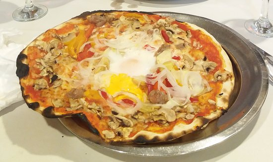 Pizzeria da Baffetto : Pizza de la casa