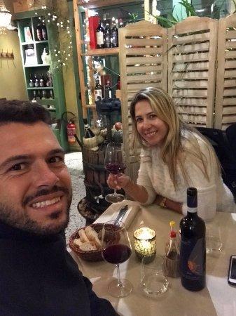 Bagno a Ripoli, Italia: pedimos um vinho muito bom. Sasso Sole - Brunelo di Motalcino