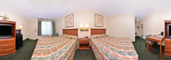 Guilford, CT: Two Full Bed