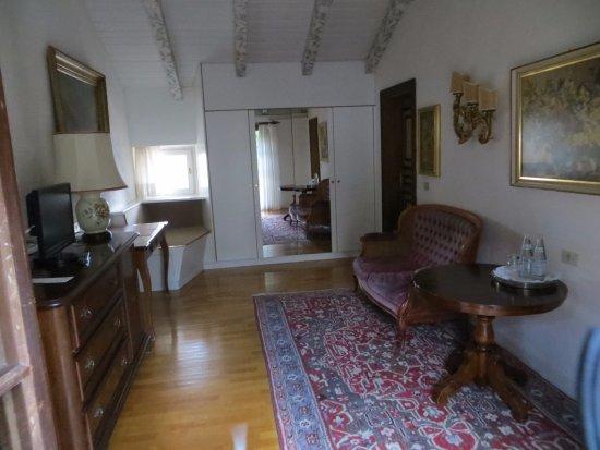 Castel Rundegg Hotel: il salottino della suite