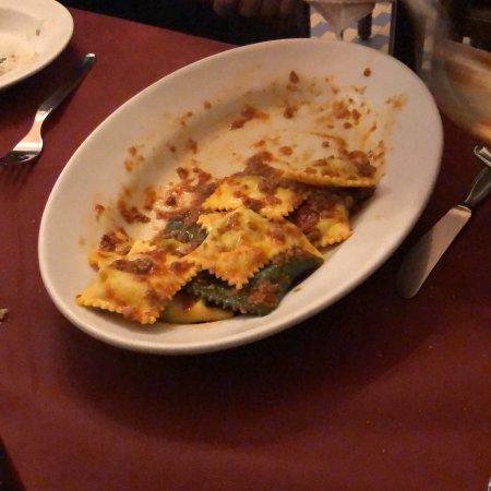 Ricco del Golfo di Spezia, Italy: Cena con amici...