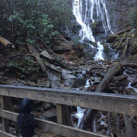 Mingo Falls: photo2.jpg