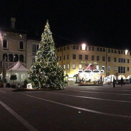 Piazza Del Popolo Sacile Tutto Quello Che Cè Da Sapere