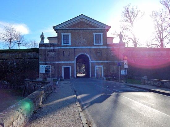Porta San Donato