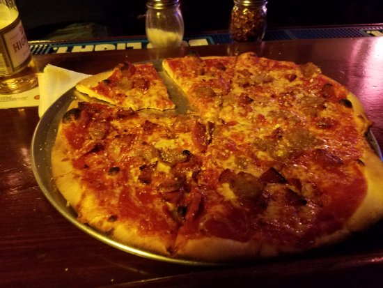 Pittsfield, MA: Pepperoni and Hot Sausage! mmmmm