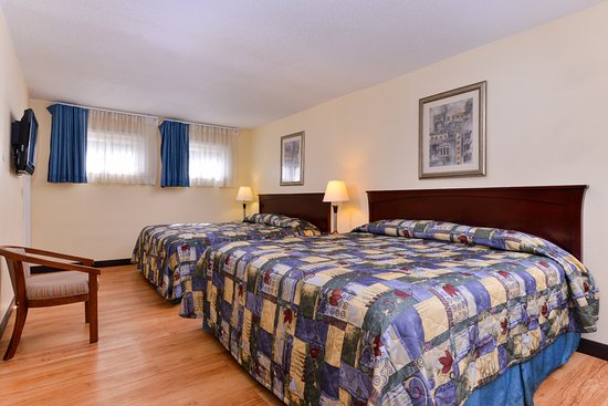 Guilford, CT: Two King Bed Suite