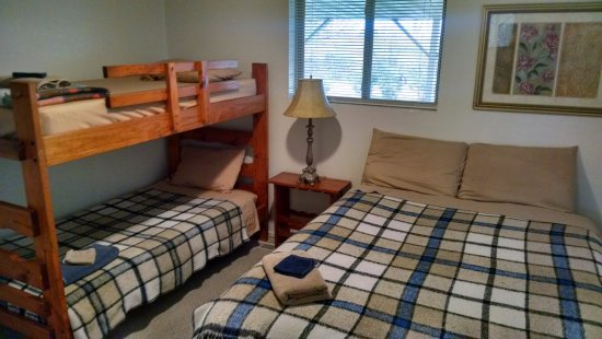 Nampa, ID: Room #2 Full Bed, Two Twin with Sink and Vanity