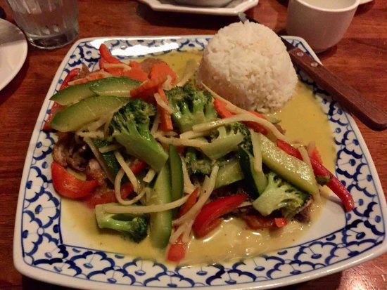 Lambertville, NJ: Crispy Duck w/vegetable and rice in green curry sauce