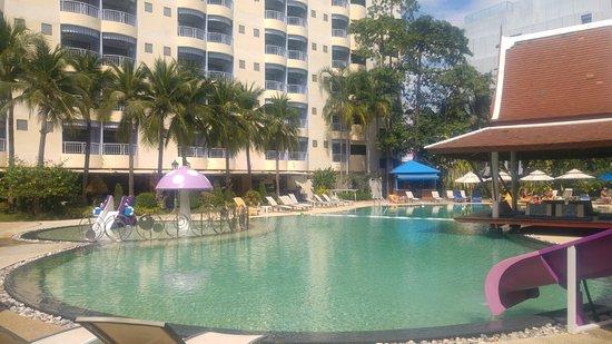 Mercure Pattaya Hotel Image