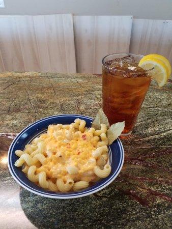 Lillington, NC: Pimiento Mac & Cheese