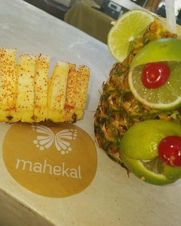 Mahekal Beach Resort: Itzi Bar