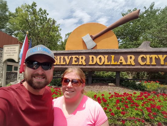 Branson, MO: Welcome to Silver Dollar City