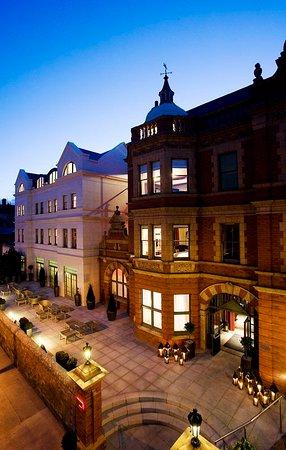 Dylan Hotel: Exterior