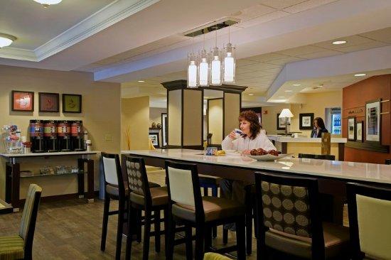 Monroeville, PA: Restaurant