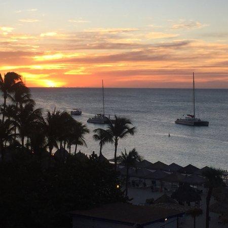 Playa Linda Beach Resort: photo1.jpg