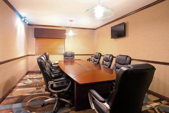 Tuscola, IL: Meeting room