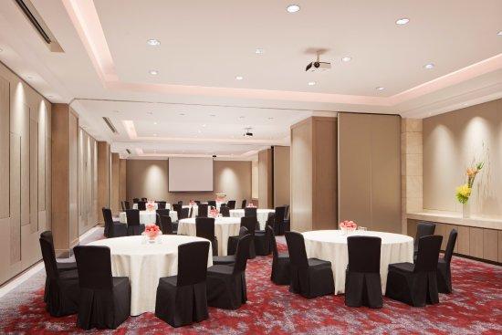 Sheraton Towers Singapore: Topaz Room Cluster Setting
