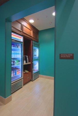 Hilton Garden Inn Rockford: Lobby