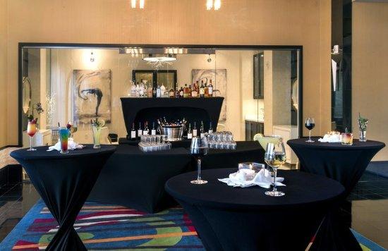 Exterior Obr Zek Za Zen Hilton Garden Inn Raleigh Crabtree Valley Raleigh Tripadvisor