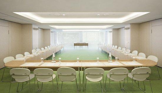 New Hotel: Meeting room
