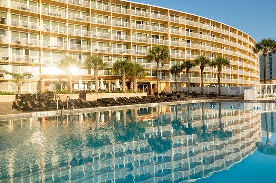 Holiday Inn Resort Daytona Beach Oceanfront Pool