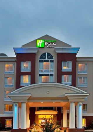 Holiday Inn Express & Suites Spartanburg North: Exterior