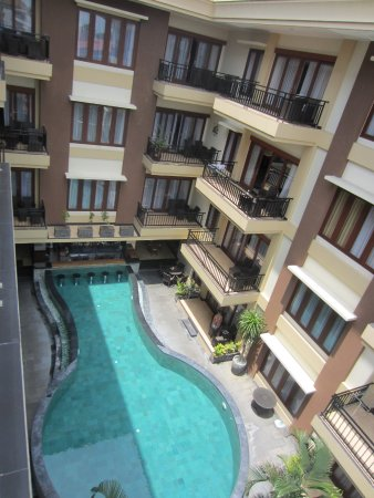 Kuta Townhouse Apartments Resmi