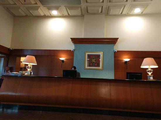Strand Hotel: IMG_20171204_115630_large.jpg