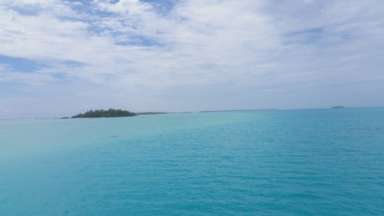 Aitutaki Village: 20171205_072736_large.jpg