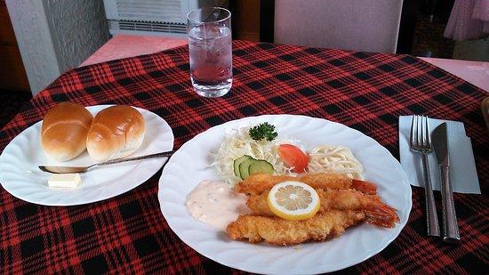 """Tadaoka-cho, Japan: Fried Prawn """"A"""" Set"""