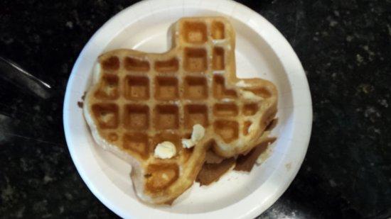 Jacksonville, تكساس: Texas style waffles