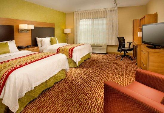 Bridgeport, WV: Guest room