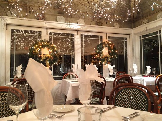 Lambertville, NJ: Holiday Lights in the Garden Room