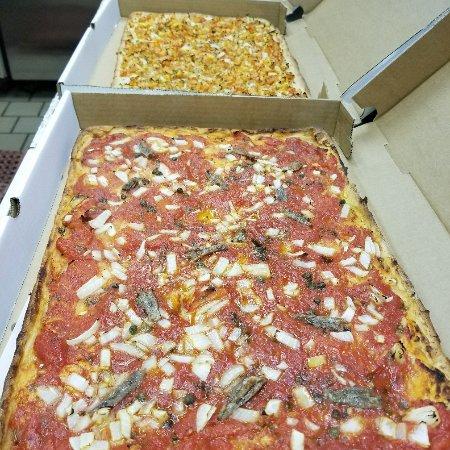 นิวคานาน, คอนเน็กติกัต: Joe's Pizza