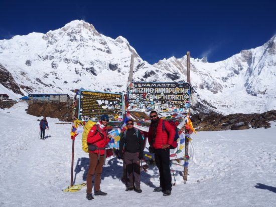 Friends Adventure Team: Annapurna Base Camp