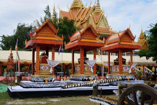 Battambang TukTuk Tour