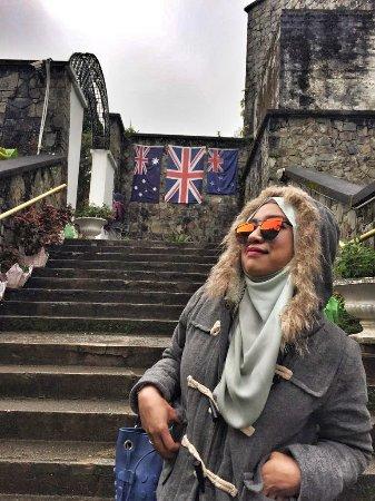 Kundasang War Memorial: stairs to english garden