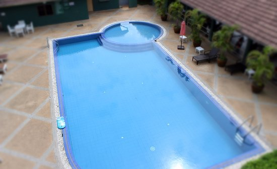 Patra Mansion : The swimming pool