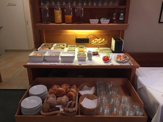 Hotel Garni Albona: photo0.jpg