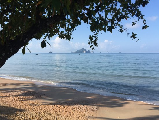 Khon Kaen, Thailand: The beautiful beach of Ao Nang, Krabi