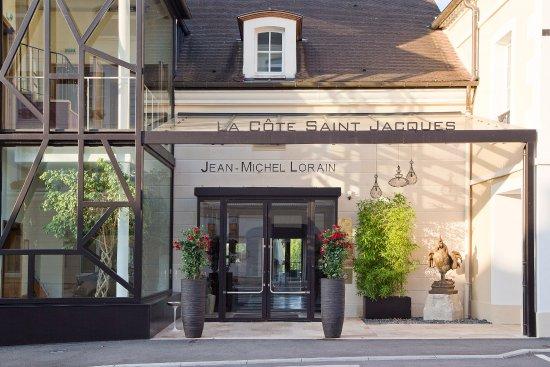 Ext rieur la c te saint jacques spa joigny photo de la c te saint jacques joigny tripadvisor - La cote saint jacques joigny ...