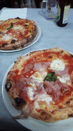 Citta Sant'Angelo, Italy: pizzaaa
