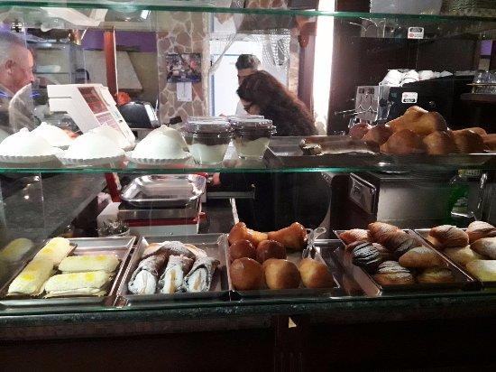 Citta Sant'Angelo, Italy: dolci