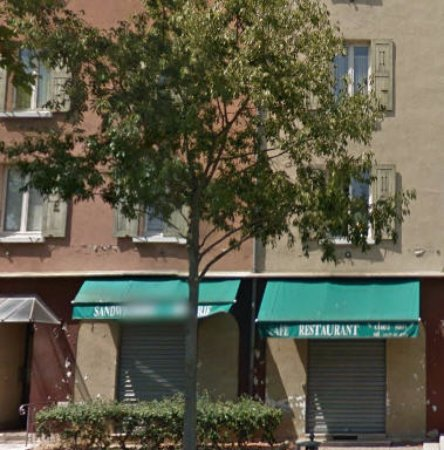 Eme Avenue Saint Priest Restaurant