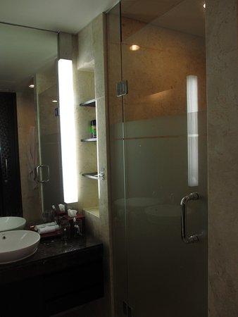 Pullman Bali Legian Beach: Shower
