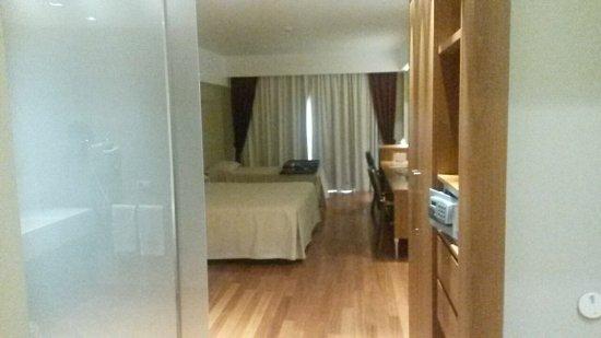 Catania International Airport Hotel: 20171108_160146_large.jpg