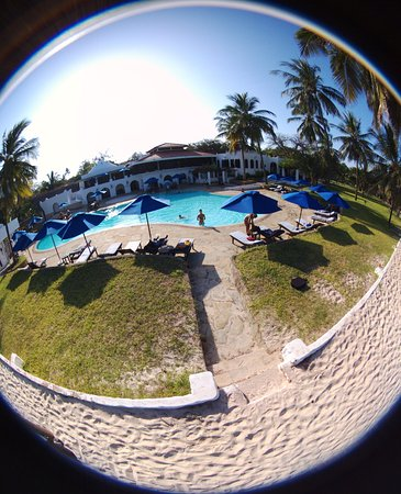 Jacaranda Indian Ocean Beach Resort: photo0.jpg