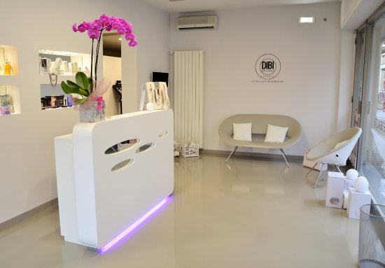 ‪Lys de Beauté DIBI Center‬